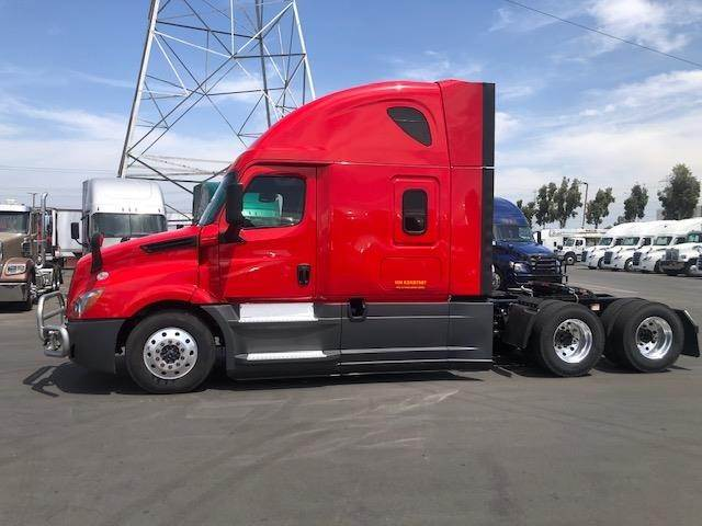 2019 Freightliner Cascadia 125 Evolution Sleeper Semi Truck