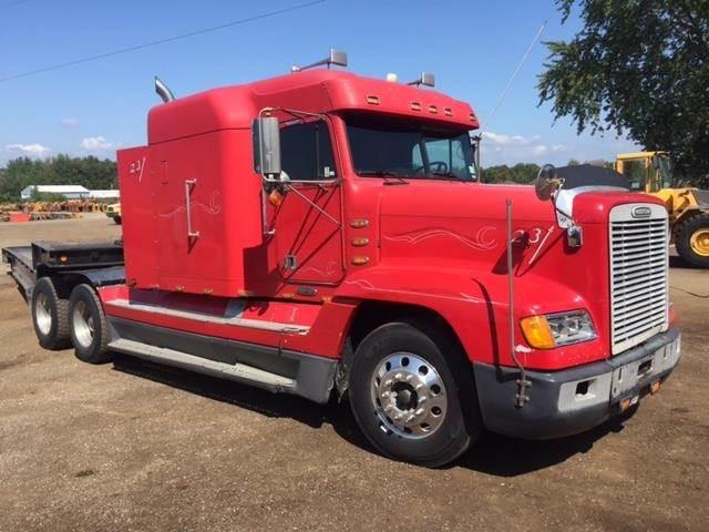 2002 Freightliner FLD120 Sleeper Semi Truck