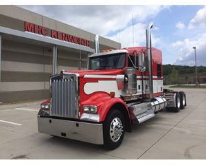 Kenworth W900L Conventional Truck