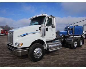International Paystar 5900I Day Cab Truck