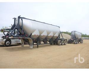 J & L Dry Bulk / Pneumatic Tank Trailer