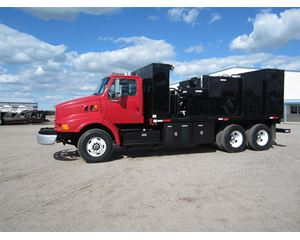 Sterling A9500 Fuel / Lube Truck