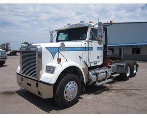 Freightliner FLD120 CLASSIC Winch / Oil Field Truck