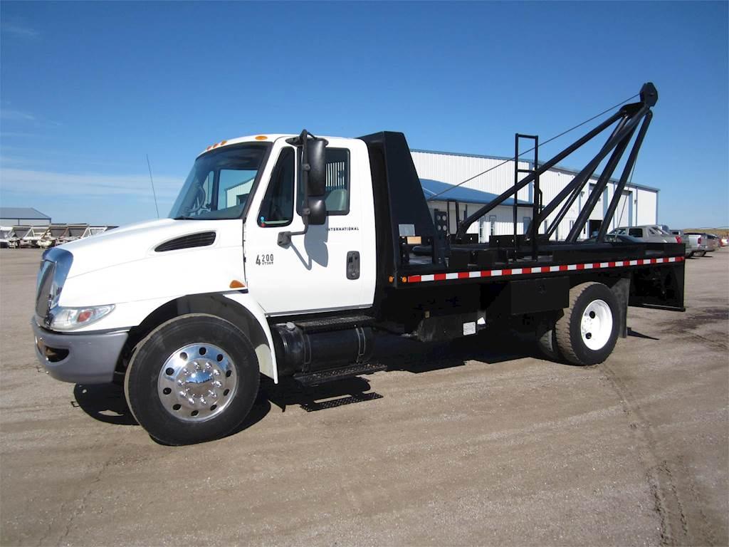 2007 International 4200 SBA Winch Truck For Sale, 47,000 Miles | Sawyer, KS  | 1733 | MyLittleSalesman com