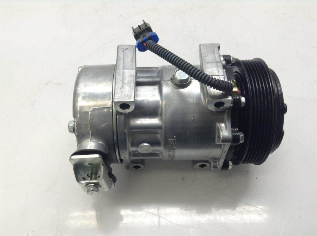 Peterbilt 379 A/C Compressor Clutch