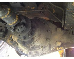 Michigan 125B Front Axle Assembly