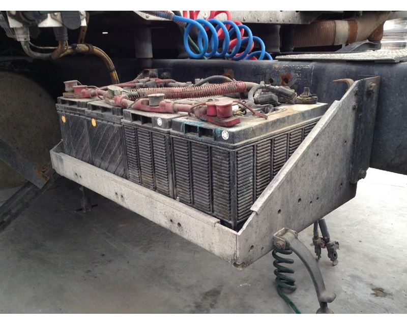 Freightliner Trucks For Sale >> 2003 Freightliner C120 CENTURY Battery Box For Sale | Council Bluffs, IA | 24347656 ...