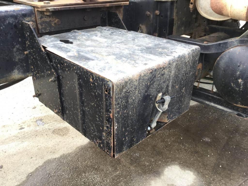 1991 International S2500 Battery Box