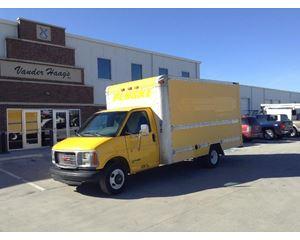 GMC 3500 Box Truck / Dry Van