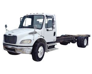 Freightliner BUSINESS CLASS M2 106 Heavy Duty Cab & Chassis Truck