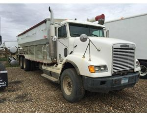 Freightliner FLD11264ST Heavy Duty Cab & Chassis Truck