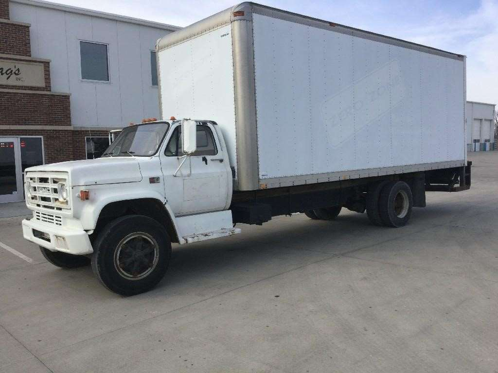 1987 gmc 7000 heavy duty cab chassis truck for sale 299 000 miles kansas city mo 87gm032. Black Bedroom Furniture Sets. Home Design Ideas