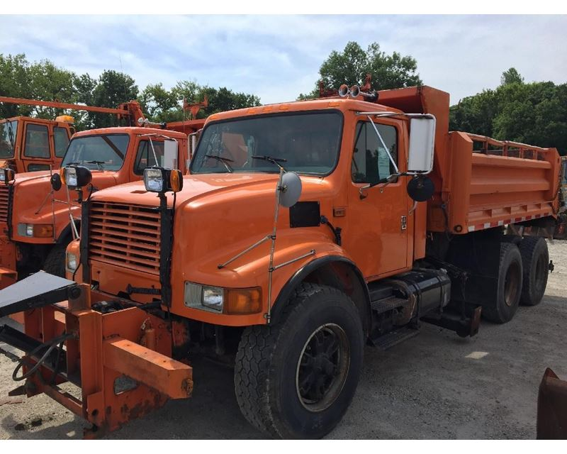 1996 international 4900 heavy duty cab chassis truck for sale des moines ia. Black Bedroom Furniture Sets. Home Design Ideas
