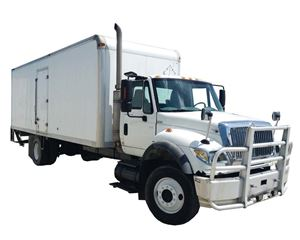 International 7600 Heavy Duty Cab & Chassis Truck