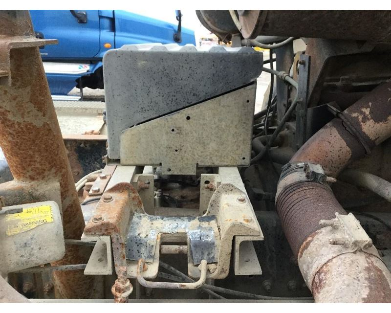 Cl9000 Cab Over Front Suspension Anythingtruck Com Truck Manual Guide