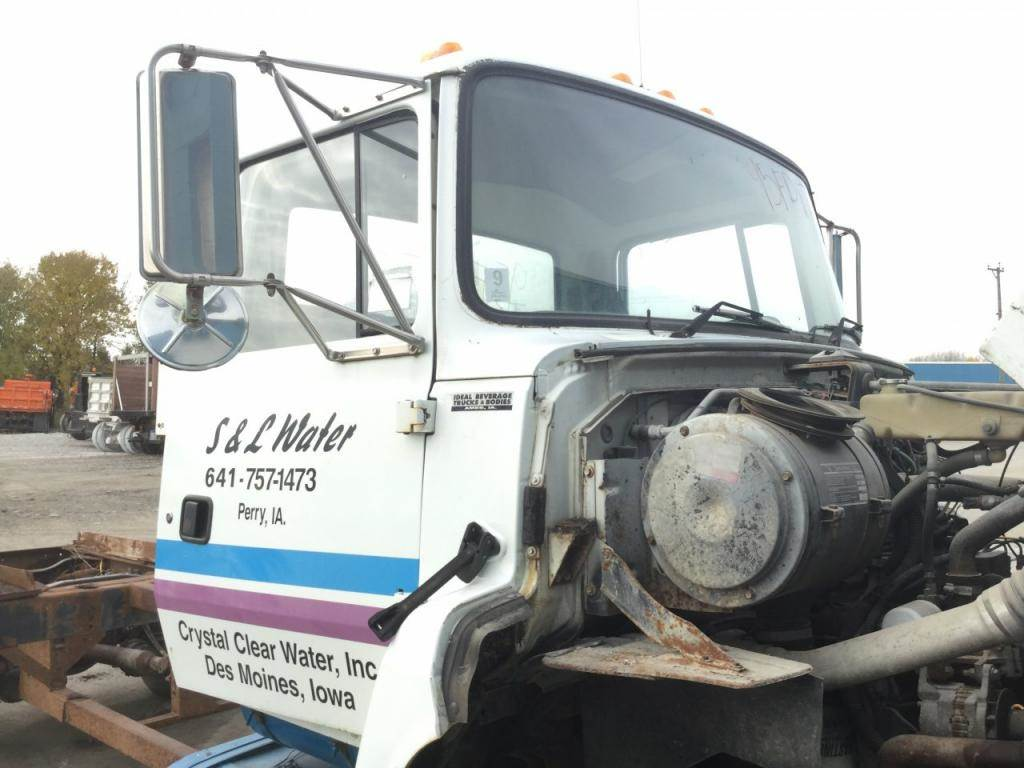 1995 Ford Ln8000 Cab Assembly For Sale Des Moines Ia 24711229