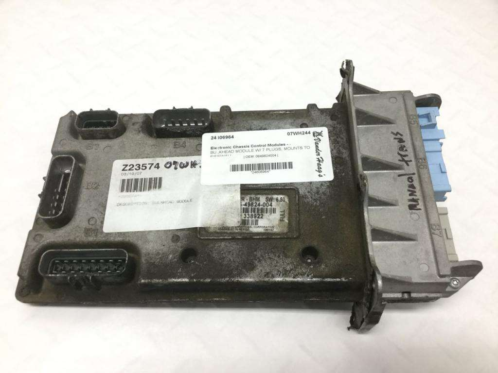 2007 Freightliner M2 106 Chassis Control Module For Sale Sioux Falls Sd 0649824004 Mylittlesalesman Com