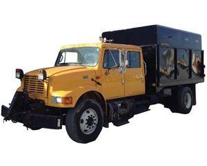 International 4900 Chipper Truck