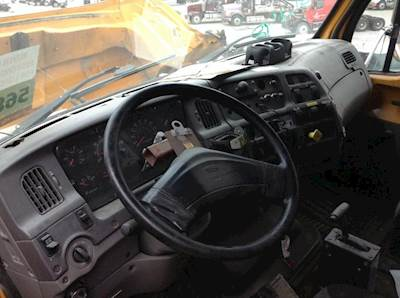 2000 Sterling L7501 Dash Assembly