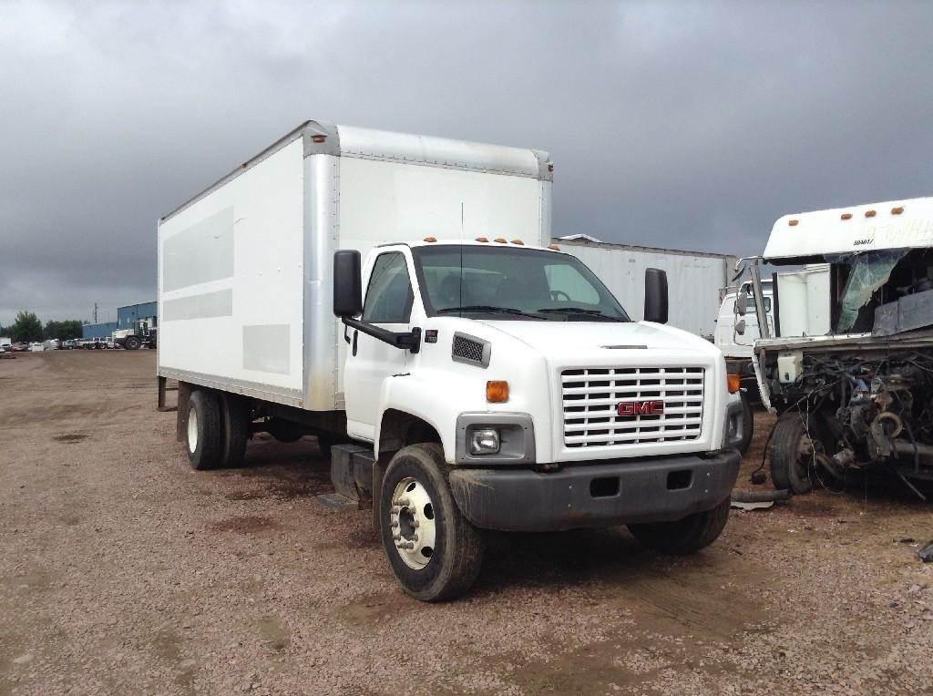 2005 GMC TOPKICK C7500 Box Truck / Dry Van Being Dismantled