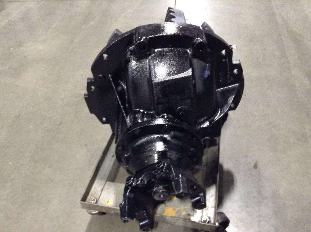 Meritor Rear Differential : Meritor rs rear differential for a ford l