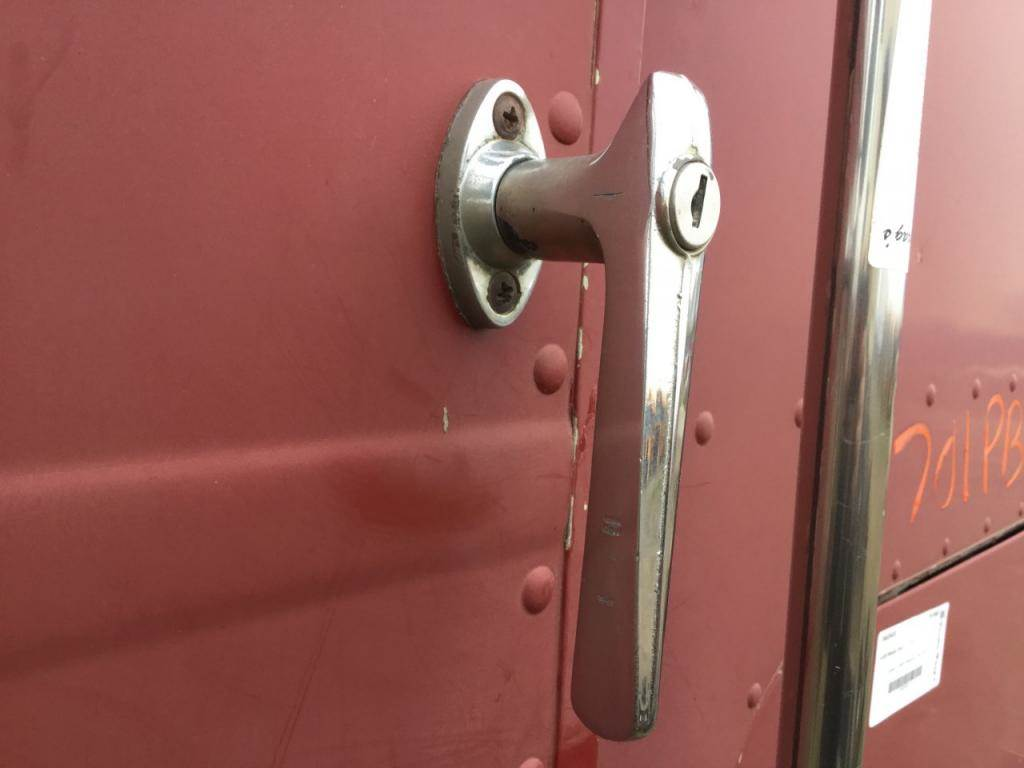 1976 Peterbilt 352 COE Door Handle For Sale   Spencer, IA   24625578 ...