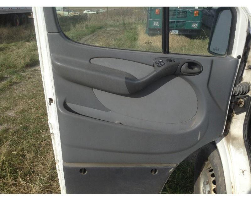 2005 Dodge Sprinter Door Interior Panel For Sale 450 075 Miles Spencer Ia