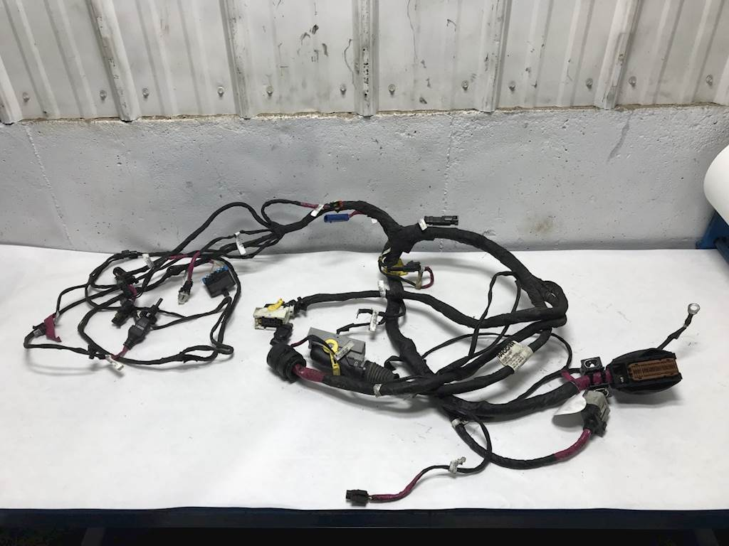 2019 cummins x15 engine wiring harness for a kenworth t680 for sale sioux falls, sd d92 6158 010310 mylittlesalesman com General Motors Wiring Harness