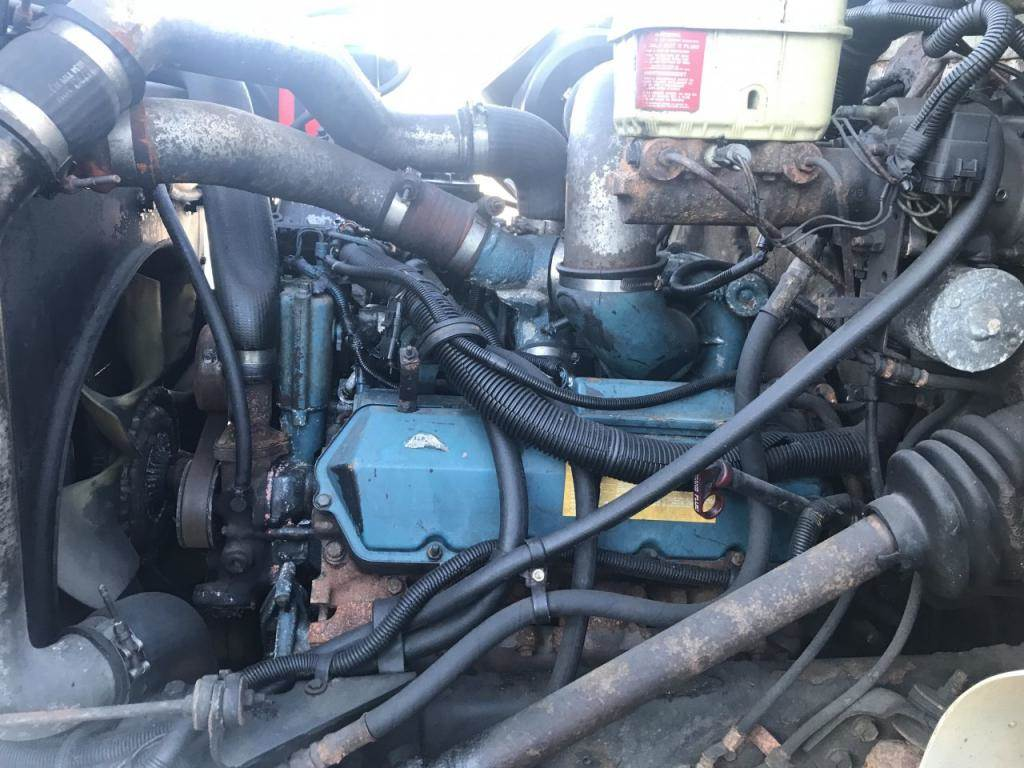 2002 International T444E Engine for a International 4700