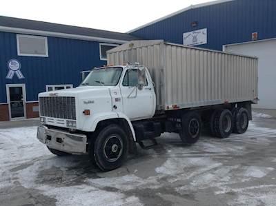 Grain Trucks For Sale >> 1990 Gmc Topkick C6500 Tri Axle Farm Grain Truck Caterpillar 3208 Manual