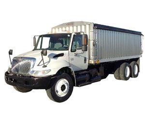 International 4400 Farm / Grain Truck