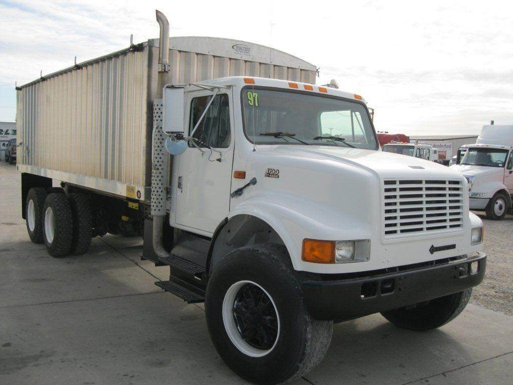 Grain Trucks For Sale >> 1997 International 4900 Farm Grain Truck For Sale 155 250 Miles