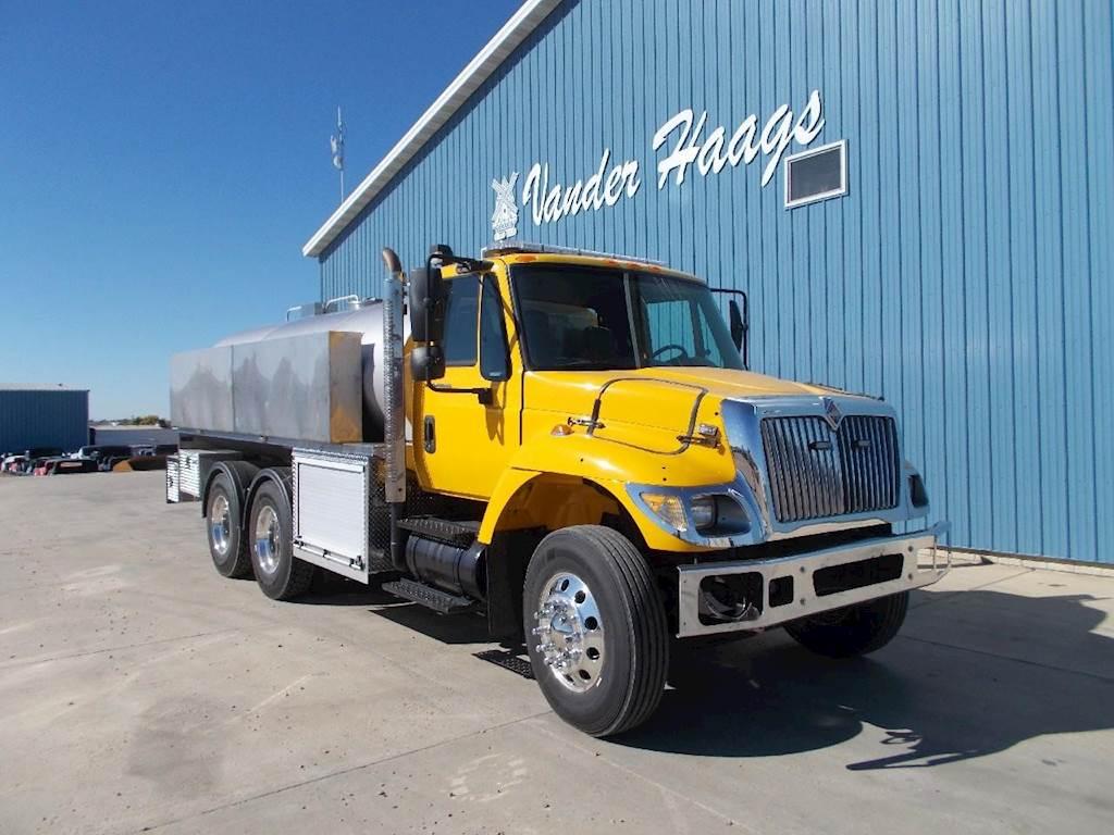 2003 International 7400 Fire Truck