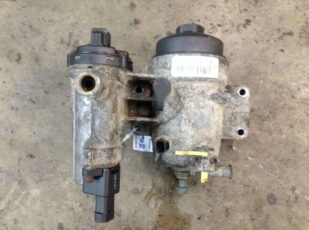 international dt466 fuel filter housing