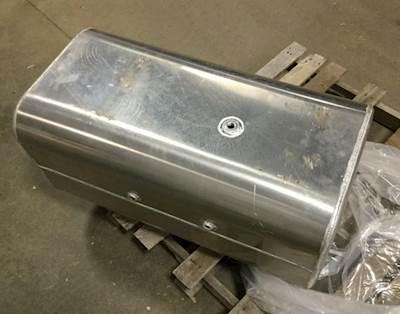 freightliner fl70 fuel tank for sale sioux falls sd 24715483 Freightliner Step Side freightliner fl70 fuel tank