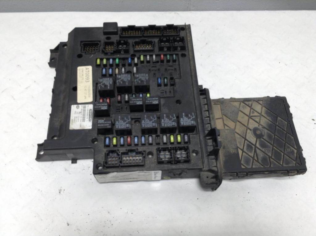 2010 freightliner cascadia fuse box for sale sioux falls