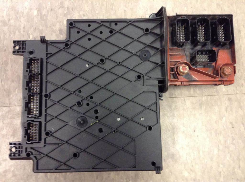 2013 Freightliner Cascadia Fuse Box For Sale
