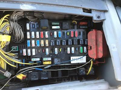 freightliner business cl m2 fuse box location freightliner classic fuse box location #15