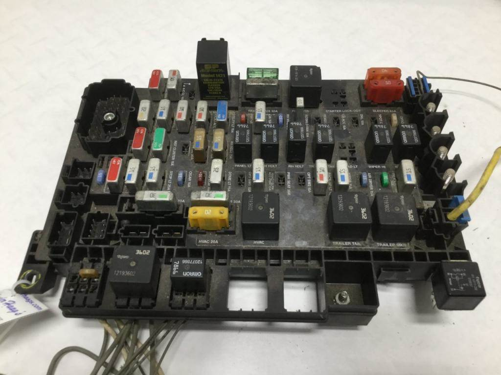 freightliner fuse panel diagram wiring diagram 2007 jeep fuse box 2007 freightliner fuse box #10
