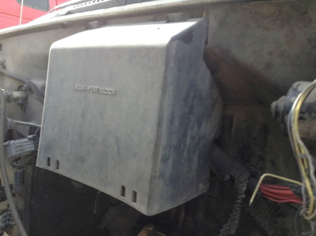 1994 gmc box truck fuse box 1999 gmc c7500 fuse box for sale spencer  ia 24791605  1999 gmc c7500 fuse box for sale