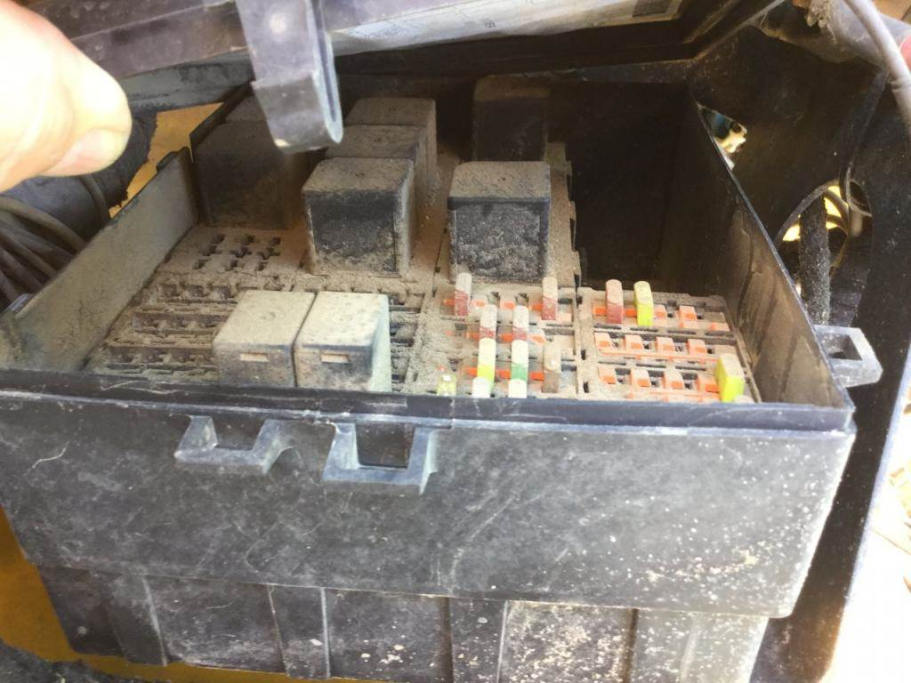 2005 International 4300 Fuse Box