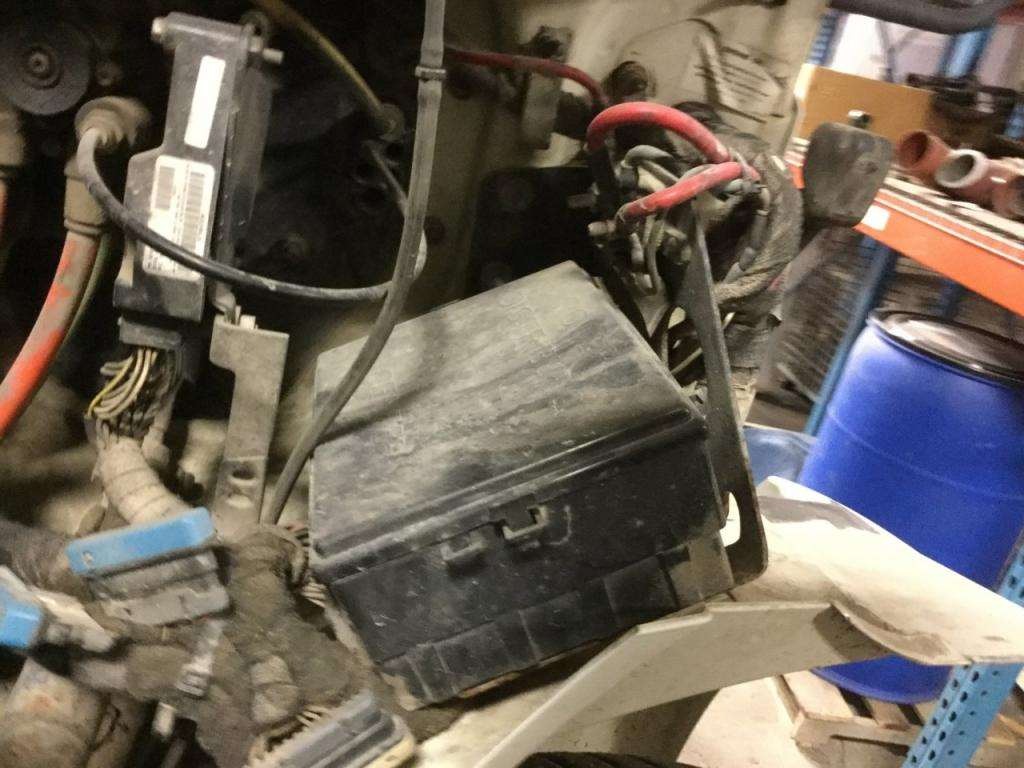 international 9200 fuse box 2006 international 4300 fuse box for sale, 589,728 miles | des moines, ia | 24553977 ...