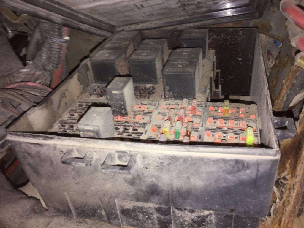 international 4300 fuse box 2004 international 4300 fuse box for sale | spencer, ia | 24613398 | mylittlesalesman.com