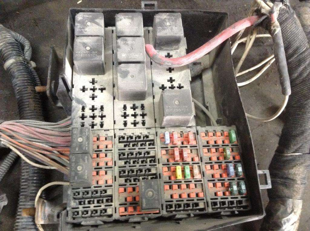2006 International 8600 Fuse Box For Sale