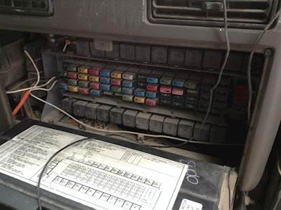 international 9200 fuse box wiring diagram2005 international 9200 fuse box for sale spencer, ia 24713919international 9200 fuse box