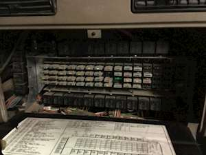 Fuse Boxes Panels International 9200 9460698 thumb 2007 international 9200 fuse box for sale, 500,000 miles spencer international fuse box diagram at crackthecode.co