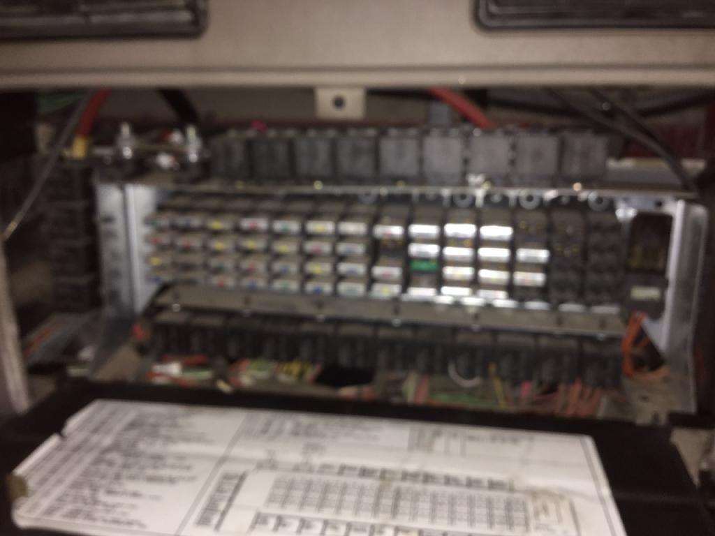 2007 international 9200 fuse box for sale