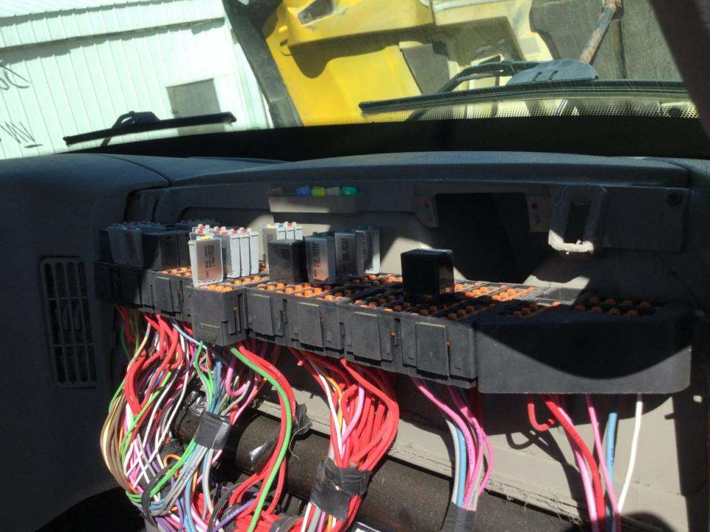 2012 International Transtar 8600 Fuse Box For A