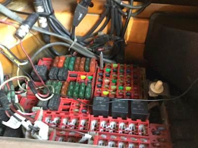 kenworth fuse boxes panels  sale mylittlesalesmancom