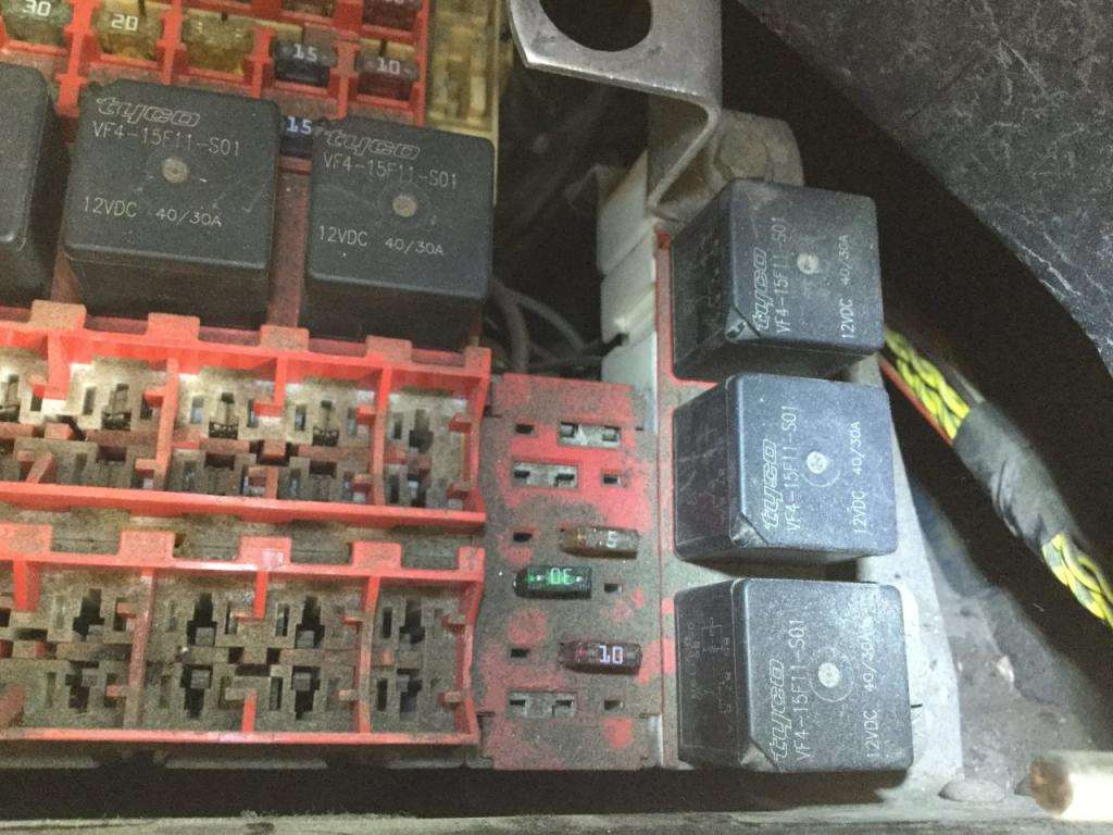 Kenworth T2000 Fuse Box Location : Kenworth t fuse box for sale spencer ia